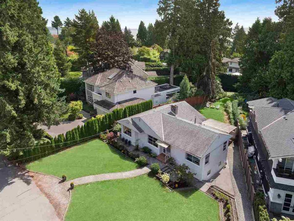4322 Erwin Drive, Cypress, West Vancouver 2